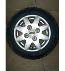 Llanta Virgo , MC1 , MC2 ALu microcar usada con neumáticos 145/70/R13