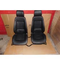 Par de asientos para microcoches MGO 1 / MGO 2 en cuero completo con barandilla