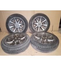 Par de llantas de aleación Aixam de 14 pulgadas usadas con neumáticos